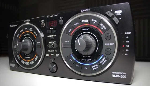 USED: Pioneer RMX-500 Effects Unit